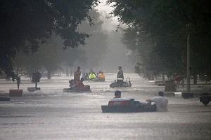 Hurricane Isaac Hits New Orleans